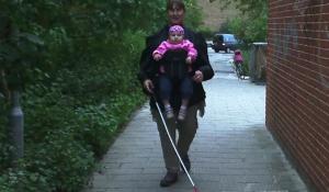 REPORTAGE: Portræt af en blind mor